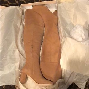 Sz 6 Loeffler Randall boots